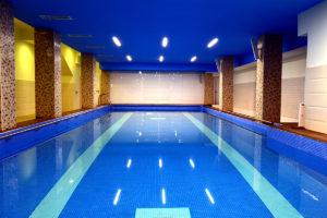 cazare-in-turda-piscina-interioara